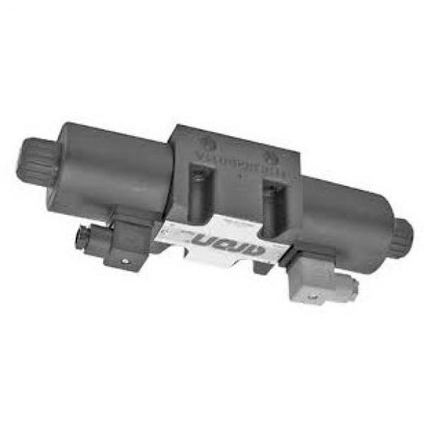 Hyd Monoblock Valve 3 Bank 1/2 BSP 90 l/m D/A Cyl Spool 3 Pos 24V DC Solenoid Ct